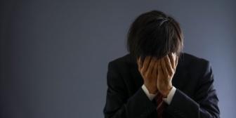 妻から離婚を切り出されたんだが、納得いかないからケータイ見せてと言ったらサレてた…