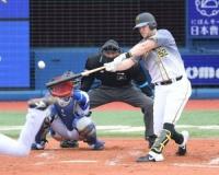 【阪神】サンズが右翼フェンス直撃の二塁打!!