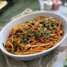 夫が作った生ホタルイカのトマト入りスパゲッティ