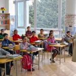 義務教育は漢字と算数だけで十分。3年もあれば卒業できる←反論できるやついる?