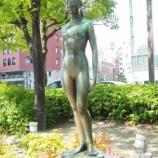 『「裸体像Tシャツ計画 神戸フラワーロード九人衆 No.3シオン』の画像