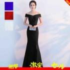 『おしゃれに対する意識を持ち続け、お客様がドレスを着ることで気分が明るくなる』の画像