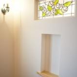 『玄関にステンドグラス』の画像