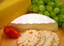 カマンベールチーズの皮って不味くね?