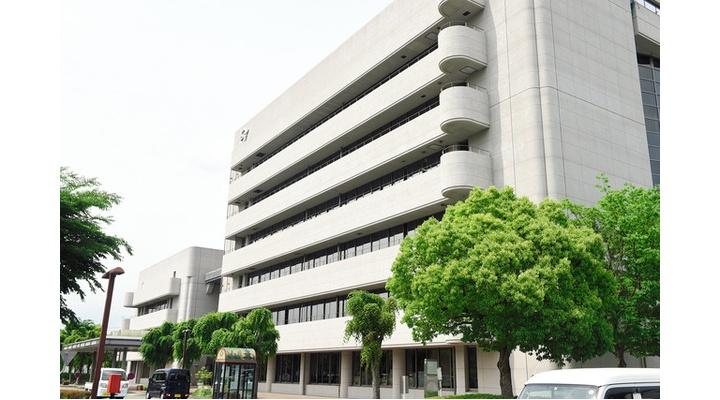 兵庫県加西市「コロナ対策の予算組んだで!😁財源?職員んの10万やw🤣」