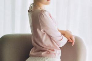 【画像】まゆゆと優子のプリケツがいやらしすぎると話題  【渡辺麻友】