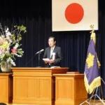 61歳先生、卒業式の日に起立反対ビラまいたうえに不起立→再任用取り消し→先生「納得いかない」と不服申し立て…大阪