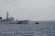 【画像】 海上保安庁、干しイカ作ってた北朝鮮漁船に放水 スルメイカを台無しに←これ半分いじめだろ [無断転載禁止]©2ch.net