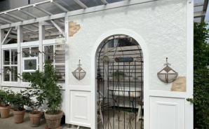 ガーデンハウスのゲートが完成!