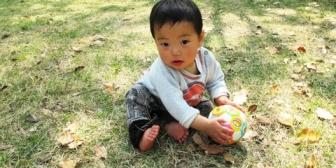 【超かわいい】1歳半の息子。最近よく喋るようになって、本人も楽しくて仕方ないみたいなんだが