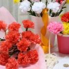 『お手入れなしで長く楽しめる「お花紙」で作るカーネーション』の画像