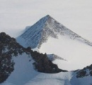 南極で古代の巨大都市遺跡を発見か