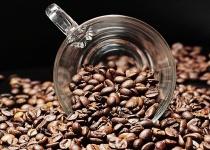 自称ブラックコーヒーの違いがわかるトッモに比べさせたんやけど