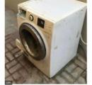 【アラブ首長国連邦】4歳男児がドラム式洗濯機に自らを閉じ込め溺死