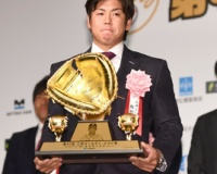 阪神梅野が坂本以上に使われるための最低必要な成績