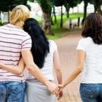 夫婦お互いに別の恋人をつくる「婚外恋愛」が流行中wwwただの不倫じゃないですかwww