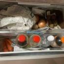 冷蔵庫に新聞紙を敷いてみた!