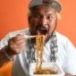 真壁選手のお気に入りは、エースコックの「太麺濃い旨スパイシー...