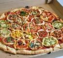 【悲報】アメリカのピザに小型化の波が訪れる