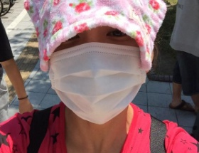 【画像あり】炎天下を歩く華原朋美さん(40)をご覧下さい