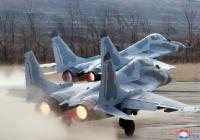 北朝鮮、MiG-29主力戦闘機基地で大々的補修、滑走路を延長…夜間浸透能力を拡大!