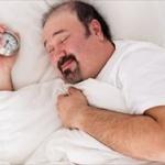 3大不快な目覚め方、「足つって目を覚ます」「腹痛で目を覚ます」