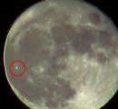 【動画】月面に不気味な緑の発光体が見つかる