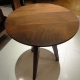 『【豊富な品揃え全部見せます!2011】アメリカンウォールナット材のコージーリビングテーブル・M36』の画像