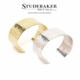 "『入荷 | STUDEBAKER METALS 1"" Broad Cuff Polished』の画像"