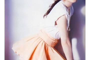 長澤まさみのパンツが見えちゃうエッチなスカート