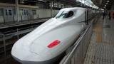東京へ帰省するワイ、新幹線下りホームを見て笑いが止まらない