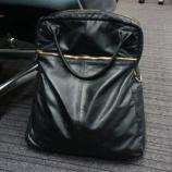 『革のビジネスバッグは愛着がわく』の画像