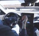 PS3をハックしたハッカーが11万円で普通車を自動運転カーにアップグレードさせるキットを開発中
