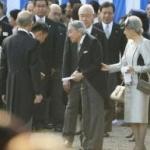 山本太郎が天皇陛下に手紙を手渡し 政治利用で批判殺到! 手紙の内容 「子供と労働者を被ばくから救って下さるよう、お手をお貸し下さい」