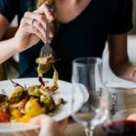 一流起業家「速く食べられる人が優秀。食事が遅い奴は仕事も遅い無能」