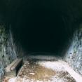 【恐怖】神奈川→伊豆にむかう途中、『行き止まり』と書いたトンネルを見つけた。そして・・・