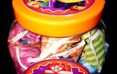 『ハロウィンのお菓子いろいろ食べてみた』の画像