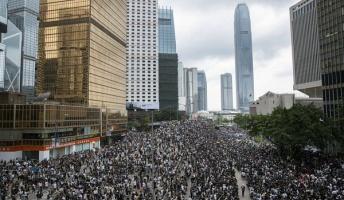 【衝撃】香港デモ、警官隊との衝突などとんでもない様子が・・・→ご覧ください・・・・