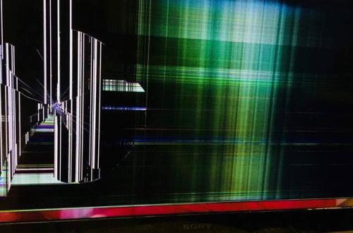 (ヽ゜ん゜)「羽生きめーんだよ!糞ガキが調子扱くな!」テレビバキィッ!のサムネイル画像