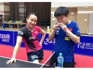卓球 銅メダルの伊藤美誠は、銀メダルの孫穎莎におにぎりを与えるくらい、仲の良いライバル!