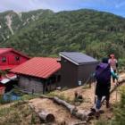 『日本三百名山 越百山へ☆その2 赤い屋根の越百小屋♩』の画像