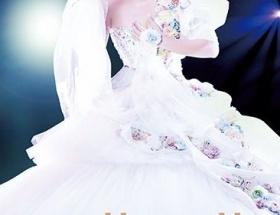 浜崎あゆみ10月30日発売する15周年ベストライヴDVD&Blu-rayジャケ写公開!