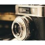 カメラやスマホって100年後も需要あるのかな?