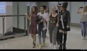 【日本観光】     リトル・ミックス(Little Mix) が 日本ツアーで来日した動画。    海外の反応
