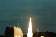 尖閣防衛、ミサイル開発へ…23年度の配備目標
