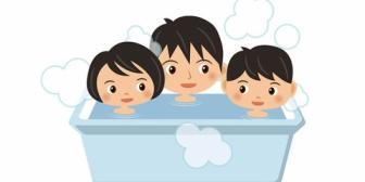 夫が家族3人でお風呂に入りたがる。でも入りたがるだけで子供のお風呂~出た後の過程は全部私任せ。今妊娠9ヶ月でしんどいのに!