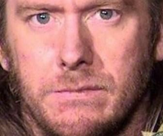 【アメリカ】猫と一緒に住居侵入し女性用のワンピースを試着しカップケーキを食べコーヒーを飲んだ罪で男(38)を逮捕