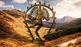 インド三大神「シヴァ」「ヴィシュヌ」