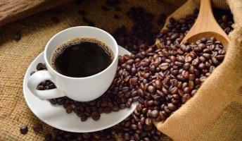 コーヒーは3倍以上飲むとヤバイらしい・・・飲まないほうが良いのか飲んだほうが良いのかよく分からない不思議な飲み物
