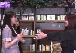【神GIF】伊藤理々杏さんがハグを拒まれた瞬間のGIF.........